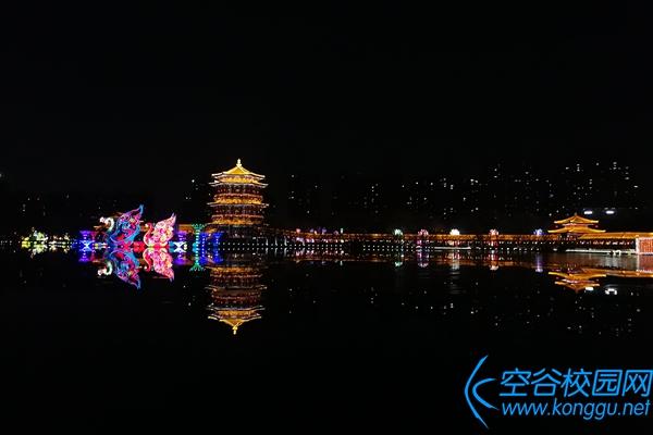 年在西安:2018大唐芙蓉园新春灯会
